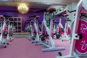 En México inaugura el gimnasio femenino de lujo Gold´s Gym Ladies