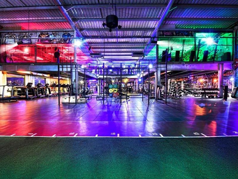 Warehouse GYM aumenta su presencia en Dubai