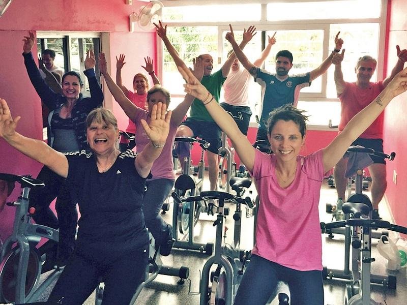 La ACJ de Montevideo suma monitoreo cardíaco a sus clases de cycling