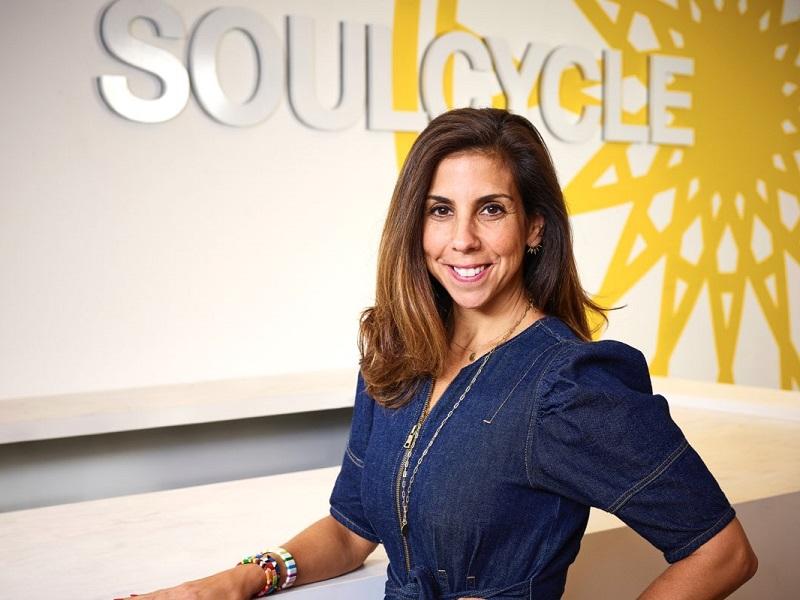 Diferencias políticas alejan a la directora de SoulCycle