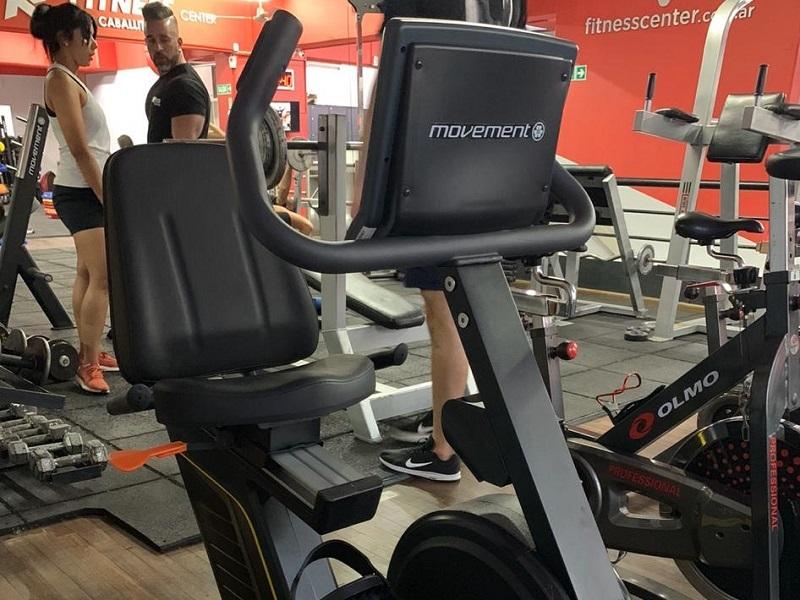 El gimnasio Fitness Center adquirió nuevo equipamiento