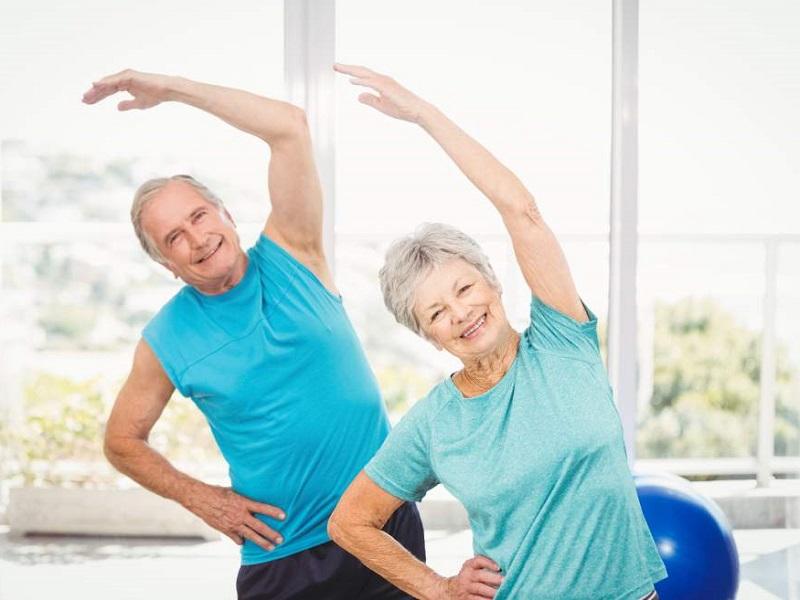 Estar físicamente activo reduce 36% el riesgo de muerte en mayores