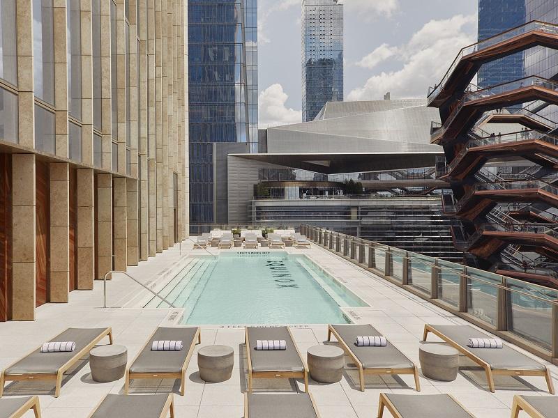 La cadena de gimnasios Equinox abrió en Nueva York su primer hotel de lujo