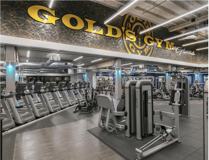 "Gold's Gym lanza un nuevo modelo de negocios ""small box"" para superar la bancarrota"
