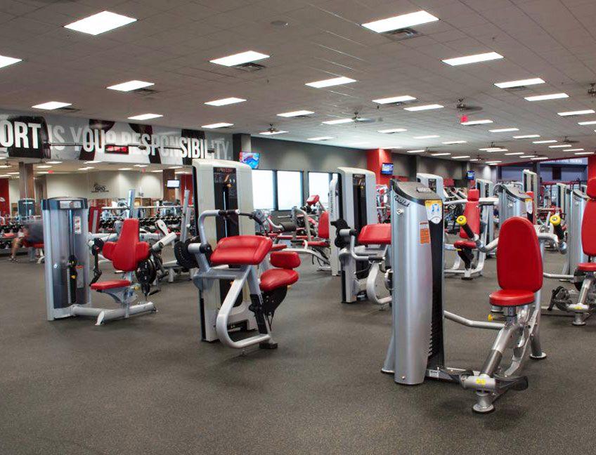 En Estados Unidos, los gimnasios de Illinois reabrieron, mientras que en Arizona y Miami-Dade volvieron a cerrar
