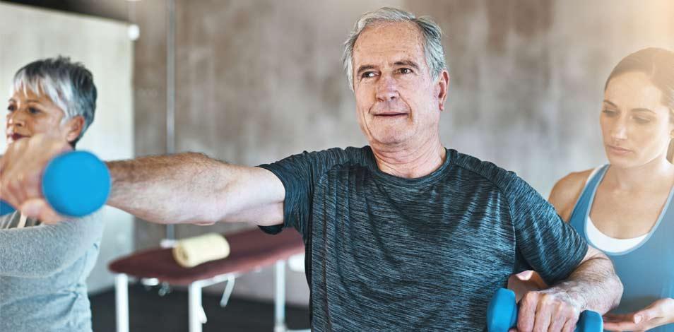 Realizar ejercicios de resistencia antes de someterse a cirugías podría ser beneficioso, según estudio de una universidad británica