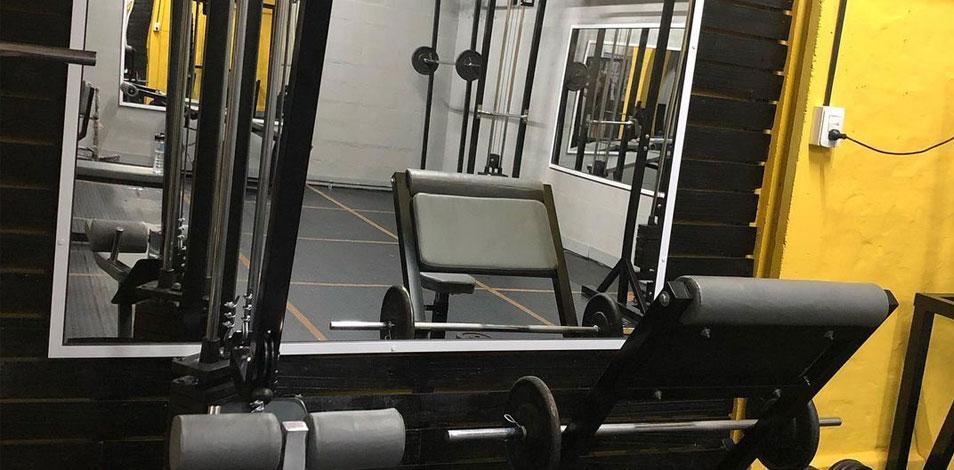 El gimnasio Ser de Tostado, Santa Fe, inauguró su sala de musculación el lunes y el martes la ciudad anunció el cierre de gimnasios