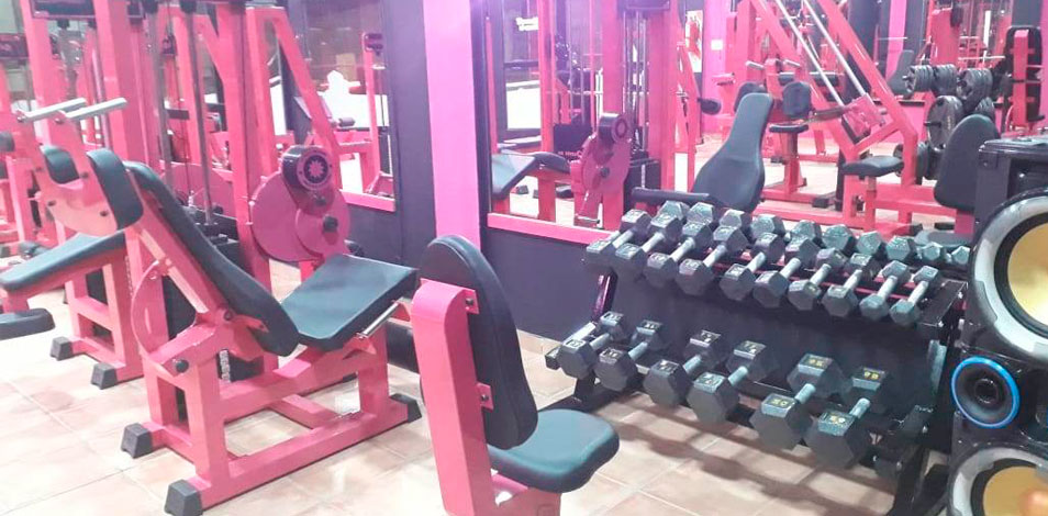 El gimnasio Power, de Plottier, inaugura sala de musculación femenina