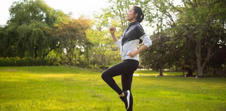 Para quienes pasan todo el día sentados, 30 minutos de ejercicio diario no son suficientes