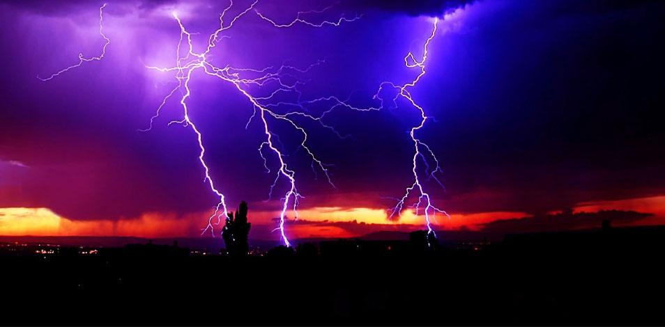 Nublado, con alta probabilidad de chaparrones y tormentas aisladas