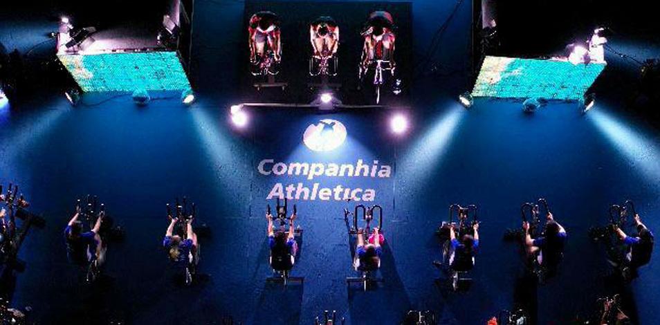 Cia Athletica reunió a 200 personas en un evento de Spinning al aire libre