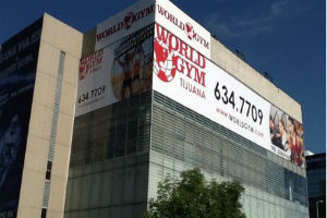 World Gym abre su primer gimnasio en México