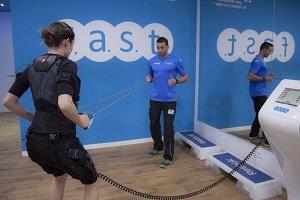 f.a.s.t. suma centros de electro fitness en América Latina