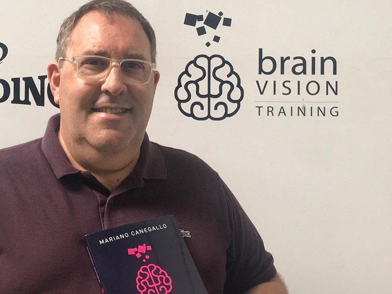 Mariano Canegallo presentó su libroBrain Vision Training