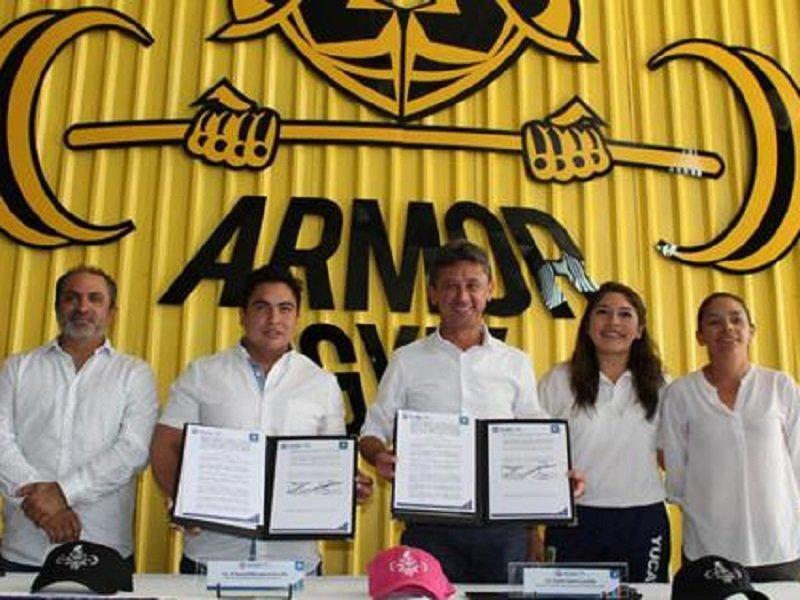 El IDEY y Armor Gym firmaron un acuerdo que beneficia a 300 atletas