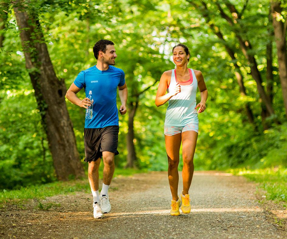 Al hacer ejercicio físico al aire libre es más importante respetar el distanciamiento social