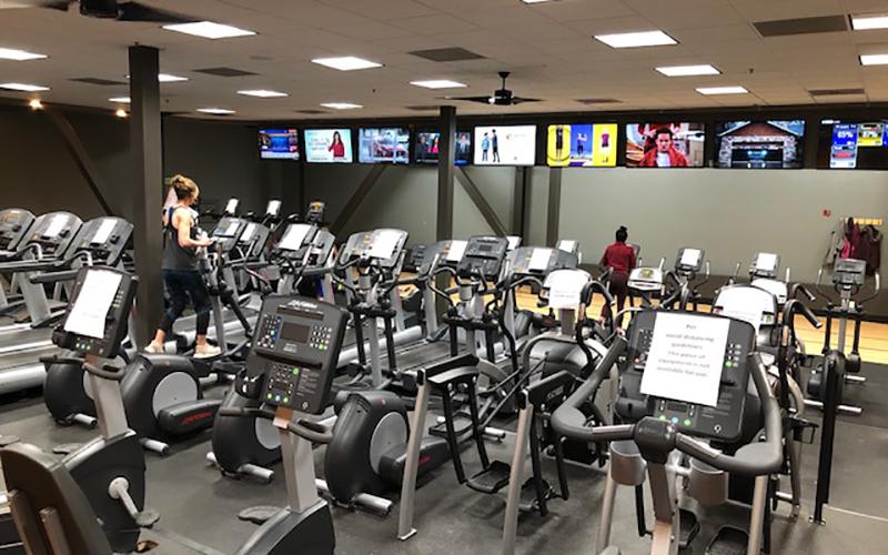 En Estados Unidos, algunos condados del estado de Utah permitieron que los gimnasios reabran