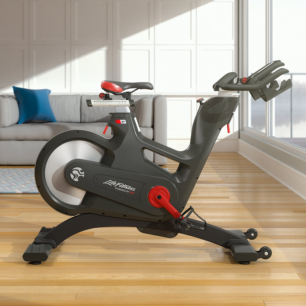 Life Fitness invita a conocer su bicicleta estática IC7