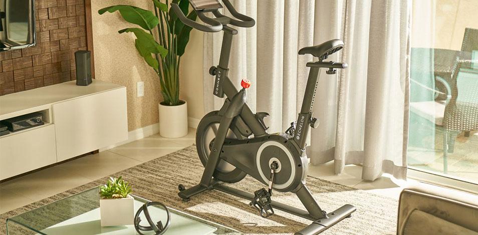 Amazon presentó su bicicleta estática Prime Bike