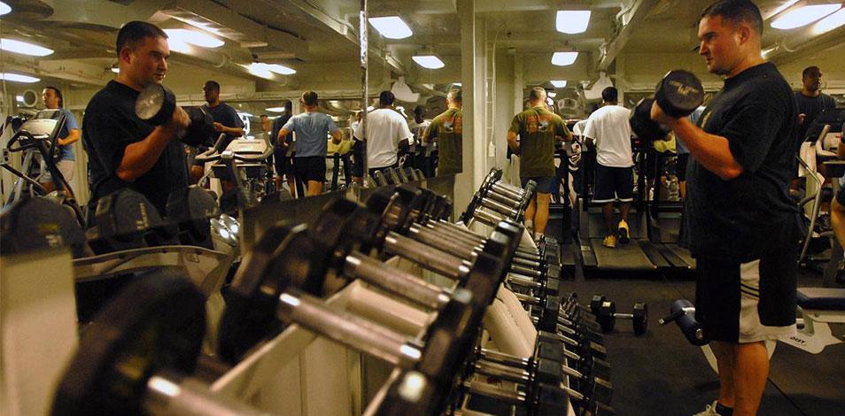 Los países que tienen las tasas de obesidad más bajas son los que mantienen abiertos sus gimnasios, según HCM