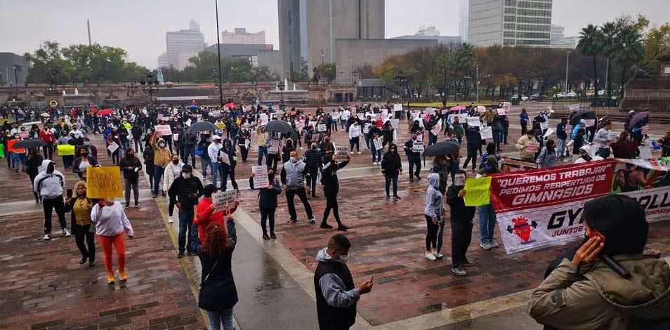 En Monterrey, manifestantes exigen la reapertura de gimnasios y que se declare esencial a la actividad física