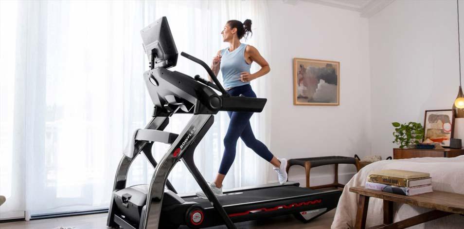 Nautilus presentó una nueva cinta de correr y el Max Trainer M9