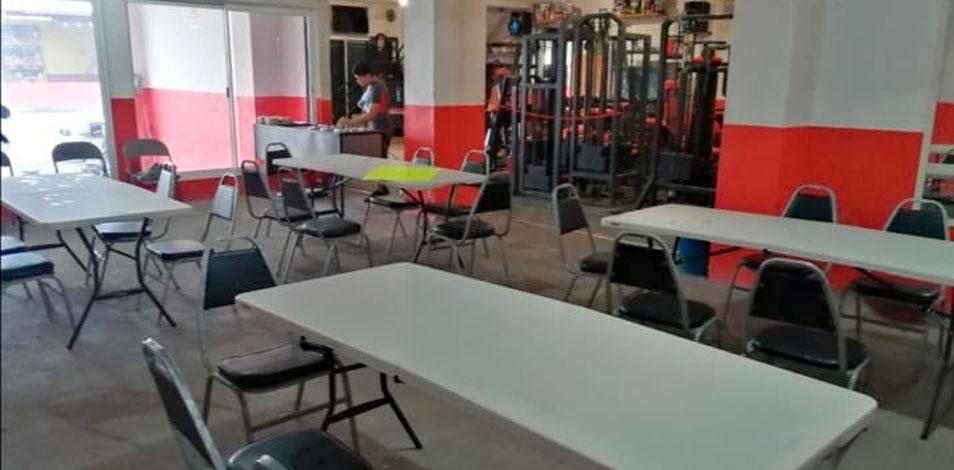 En Nuevo León, el dueño de un gimnasio abrió una taquería saludable para sobrevivir